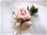 Оригинальные свадебные бутоньерки   подружкам невесты,невесте
