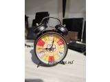 Ceas cu alarmă retro, cu cifre vintage